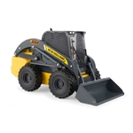 1:16 New Holland L334 Skid Steer