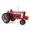 1:16 Case IH 806 with Clamshell Fenders