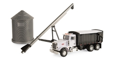 1:32 Peterbilt Model 579 w/Grain Box, Bin and Auger